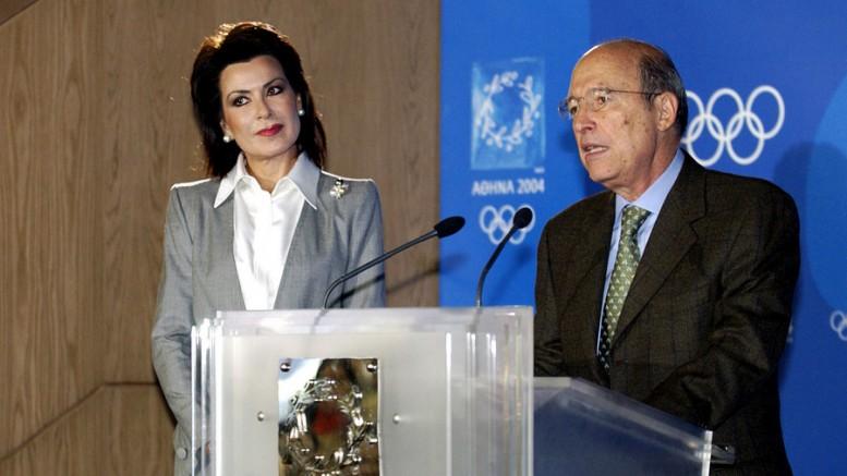 Ο Κώστας Σημίτης ανέθεσε στη Γιαννα Αγγελοπουλου να δώσει τους Ολυμπιακούς Αγώνες  που κινδυνευαν. Μπορει αυτή η μέθοδος να επαναληφθει σήμερα  για την έξοδο απο την κρίση;