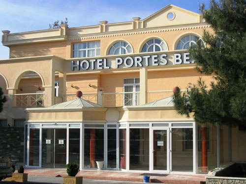 hotel-portes-beach-gal01