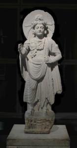 Bodhisattva debout, monastère de Shahbaz-Garhi, art du Gandhara, 1er-3ème siècle, schiste, Hauteur: 120 cm. Mission Foucher. Musée Guimet, Paris.