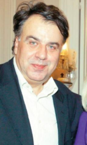 Ντίνος Ρουτζούνης: Ο δημοσκόπος που αγαπάει η κάλπη - Ανοιχτό Παράθυρο