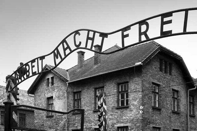 27 Ιανουαρίου: Δεν ξεχνάμε το Ολοκαύτωμα, δεν ξεχνάμε τον Ναζισμό